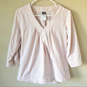 Patagonia 3/4 Sleeve v-neck striped blouse Sz 6